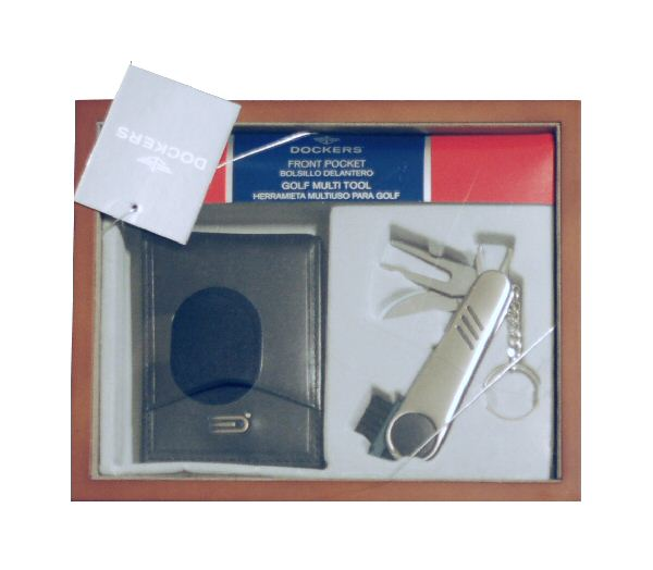 Dockers Pocket Billfold and Golf Tool
